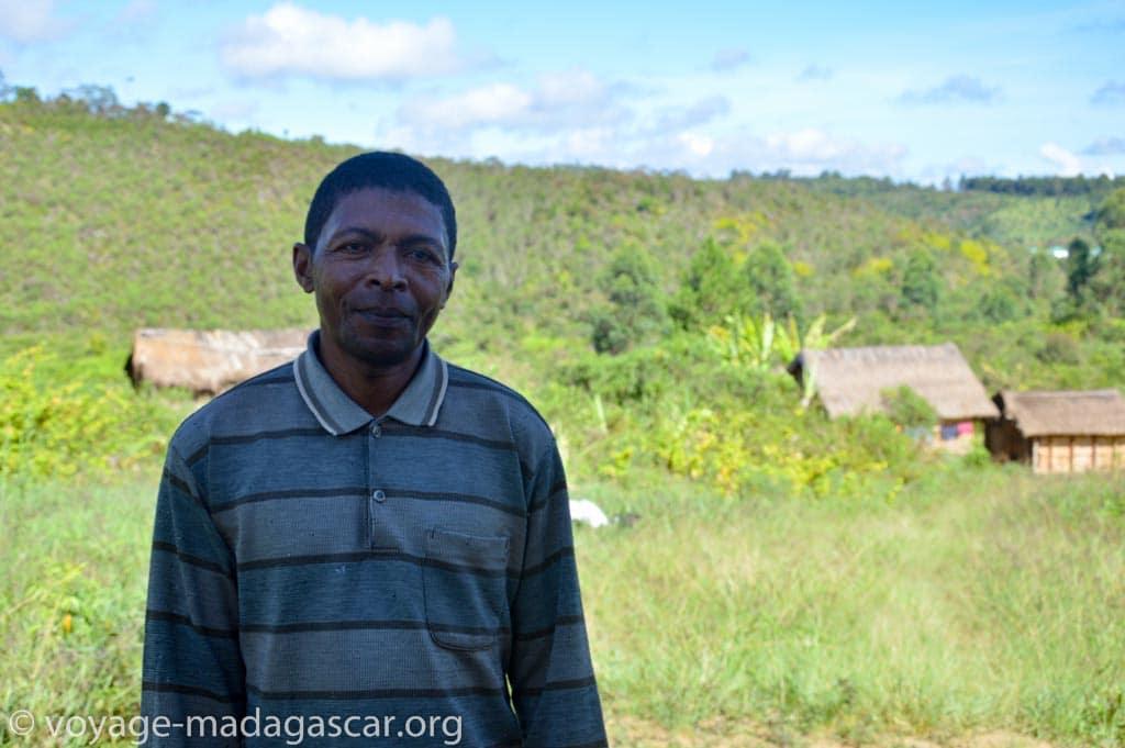 Etienne Guide touristique à Andasibe