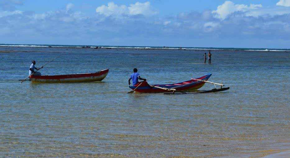 Fouplointe Madagascar : Promenade en pirogue sur le lagon