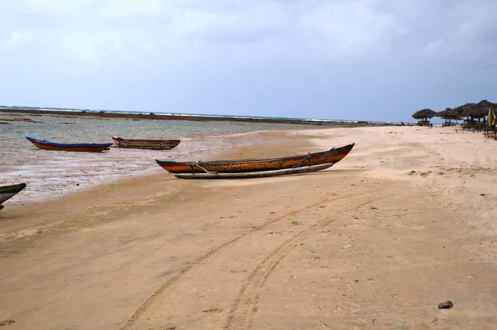 Plage de Madagascar après la pluie le beau temps