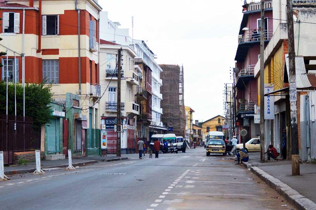 Tsaralalana