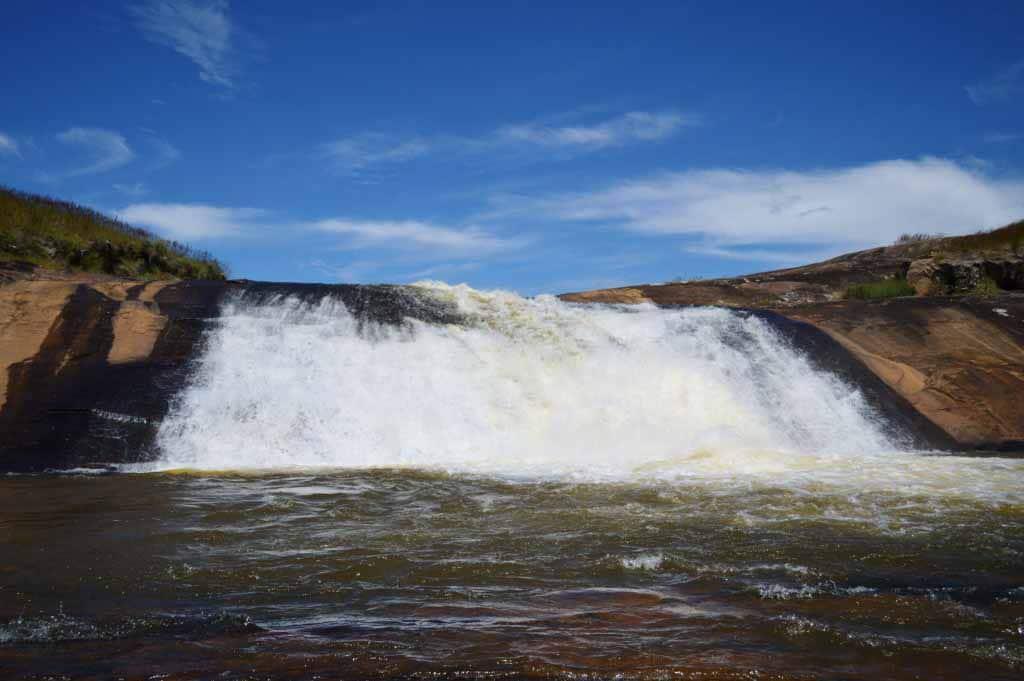 Chute d'eau à ankafobe